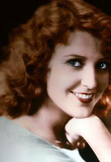 studio headshot of Jeanette MacDonald